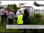 Jaunpils mājražotāji dalās pieredzē ar kolēģiem un atklāj tirgus namiņu novada centrā