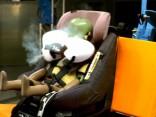 Izstrādāts pirmais bērnu sēdeklītis ar drošības spilveniem