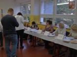Čehijā turpinās balsošana parlamenta vēlēšanās
