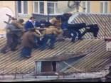 Ukrainas policija uz mājas jumta aiztur Saakašvili
