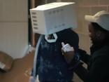 Кандидат на Приз Дарвина: британец зацементировал голову в микроволновке