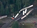 ASV vilciena katastrofā dzīvību zaudējuši vairāki cilvēki