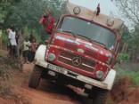 Ceļojums uz Kongo vecā ugunsdzēsēju auto. 1.daļa