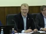Депутаты посылают друг друга к наркологу и проктологу на заседании Даугавпилсской думы