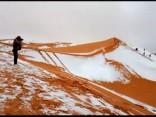Sahāras tuksnesī uzsnidzis sniegs