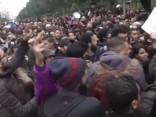 Nemieros Tunisijā aizturēti 200 cilvēki un vairāki desmiti ievainoti