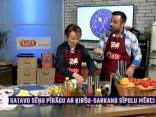 Mārīte Šperberga gatavo sēņu pīrāgu ar ķiršu un sarkano sīpolu mērci