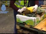Portugāles un Spānijas policija konfiscē ar kokaīnu pildītus ananasus