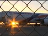 """""""Malaysia Airlines"""" reisam tehnisku problēmu dēļ nākas veikt ārkārtas nosēšanos"""