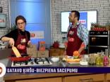 Kazimiera Puzo gatavo krāsainos salātus ar lasi