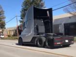 Tesla kravas auto paātrinās ne sliktāk kā Porsche, taču bez trokšņa