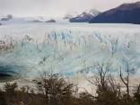 Tūristu iecienītajā Perito Moreno ledājā Argentīnā izveidojusies arka