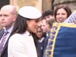 Mārkla iztur pirmo oficiālo kopīgo pasākumu līdzās karalienei. Viņa izskatās satriecoši!