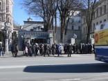 Krievijas pilsoņi balso Rīgā