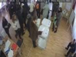 Krievijas vēlēšanas: novērošanas kameras fiksē rupjus pārkāpumus