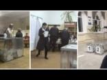 Krievijas vēlēšanas: kā cilvēki savu balsi atdeva vairākos iecirkņos