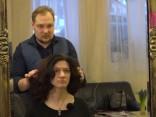 Kādu matu griezumu izvēlēties, kad vairs nav 18?