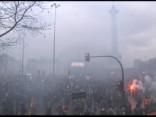 Franciju ceturtdien paralizējuši streiki un protesti