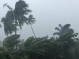 Ciklons «Josie» turpina plosīties Fidži