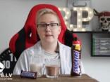 Tests: šokolādes batoniņš Snickers un Snickers piena dzēriens