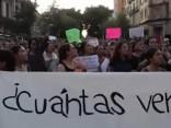 Meksikā tūkstošiem cilvēku iziet ielās pēc brutālām narkokarteļa pasūtītām slepkavībām