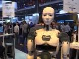 Jaunās paaudzes roboti tehnoloģiju gadatirgū Parīzē