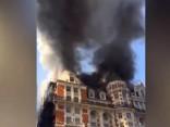Izcēlies ugunsgrēks pieczvaigžņu viesnīcā Londonas centrā