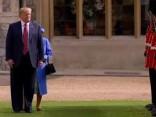 Trampa tikšanās ar Lielbritānijas karalieni