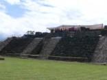 Pēc zemestrīces ieplaisājušā piramīdā atrod antīku templi