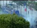 Tūkstošiem līdzjutēju Parīzē sagaida Francijas futbola izlasi