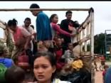 Laosā pēc HES dambja sagrūšanas pazuduši simtiem cilvēku