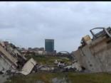 Itālijā sagruvis autostrādes tilts: vismaz 11 bojāgājušie, zem gruvešiem apraktas automašīnas